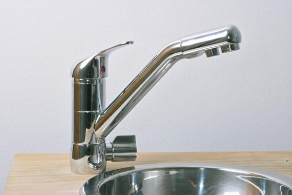 Deluxe Wasserhahn (OSLO), niedriger Auslauf, getrennte Ausläufe für Filter- und Leitungswasser